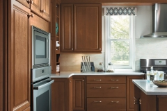 Homecrest Kitchen with Maple Cabinets